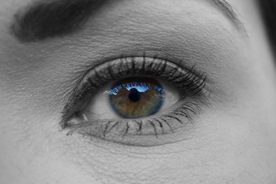 woman-face-eye-large